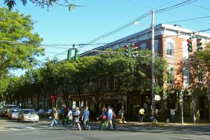 Downtown Rhinebeck, NY by Daniel Case at the English language Wikipedia. Licensed under CC BY-SA 3.0 via Wikimedia Commons - httpcommons.wikimedia.orgwikiFileDowntown_Rhinebeck,_