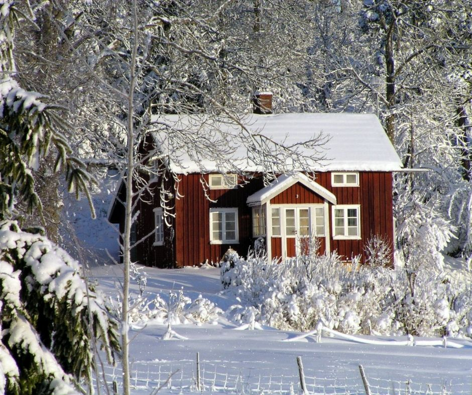 10 Tips on How to Winterize Your House